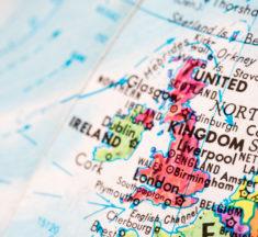 Det britiske helsedepartementet vurderer å legalisere snus